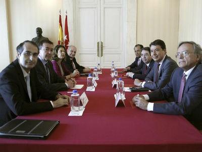 Los rectores madrileños denuncian que Figar no les permite bajar las tasas de matrícula - Público.es